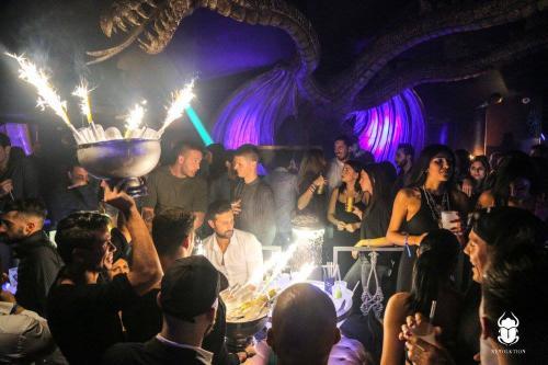 La discoteca Art Cafè è un locale bellissimo in zona Villa Borghese.