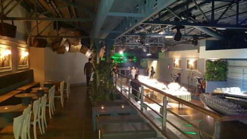 La serata del Cluster Club Discoteca Roma è unica e inimitabile.