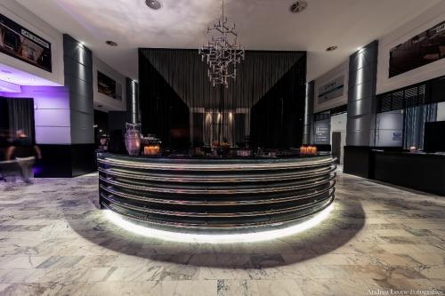 La discoteca del Pier Eur è un locale unico adatto ad ogni evento.