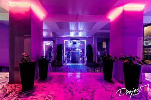 L'ingresso del Project Club Discoteca di Roma è pronto ad accogliere i nostri ospiti.