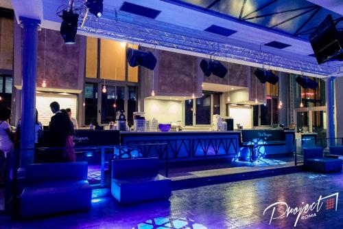 Il Project in Blu. Una foto a luce blu del Project Discoteca di Roma.