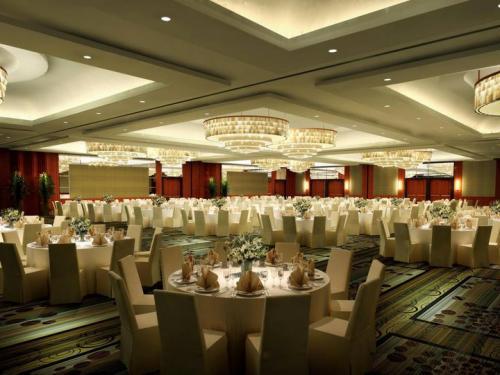 Lo Sheraton è un Hotel di Lusso che organizza Cene di gala.