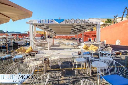 blue moon ristorante a ponza (11)