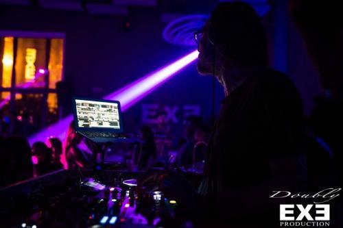 Le serate dell'Exe, discoteca in zona Eur, sono indimenticabili.